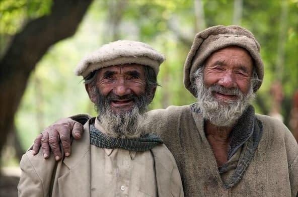 Hunza - Père et fils ? Référence absente…
