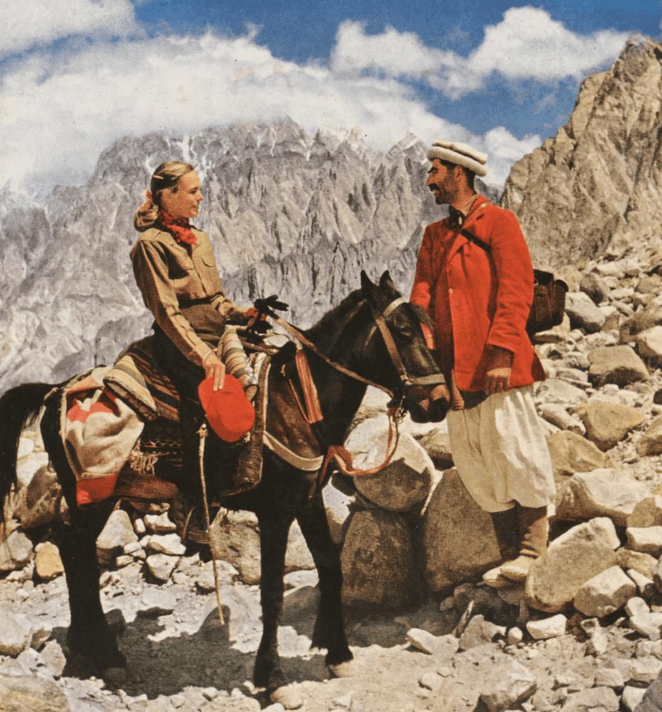 Hunza - Jean Shor discute avec le guide Nyet Shah