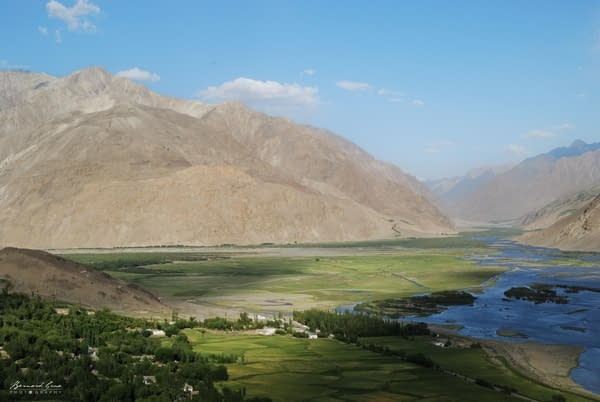 Hunza - Corridor du Wakhan vu de l'ancienne forteresse Abrashim Qala